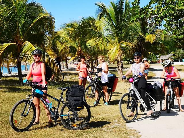 Kuba rowerem wyprawa rowerowa (1706)