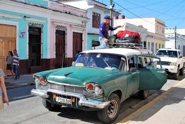 Kuba z plecakiem (79)