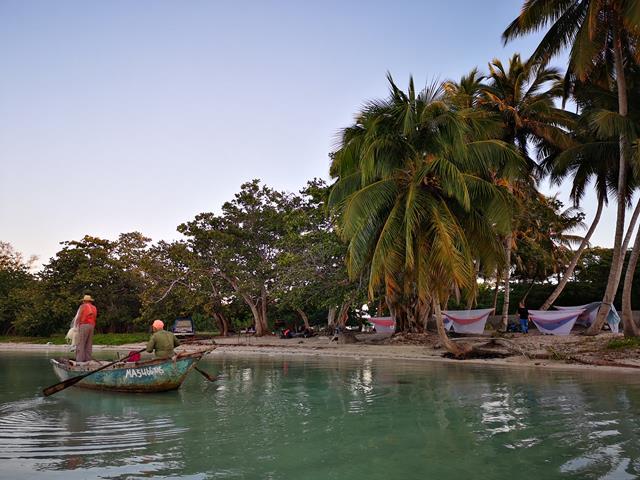 Kuba wyjazd wyprawa dla młodych dziewczyn i singli (1201)